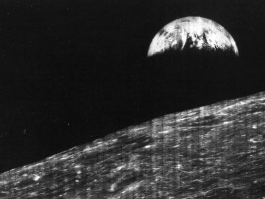 primera foto de la Tierra desde la Luna
