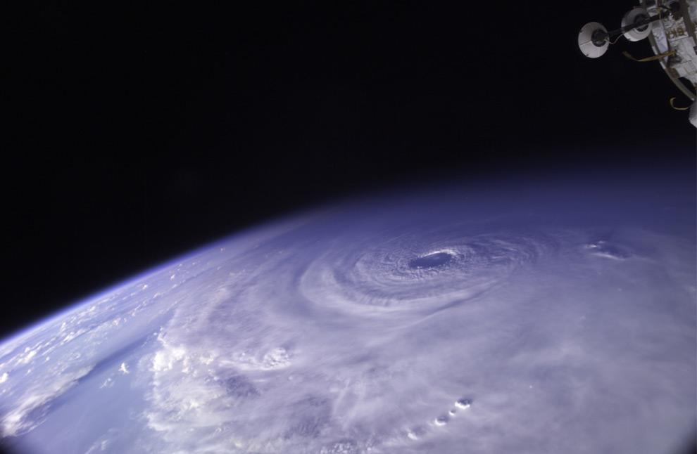 huracanes espacio