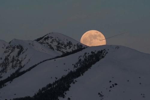 luna mas grande 2009 alpes
