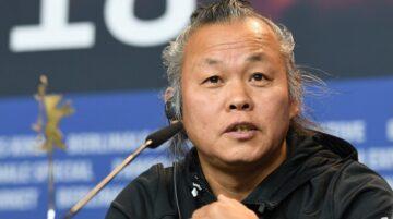 Kim Ki-duk en una conferencia de prensa