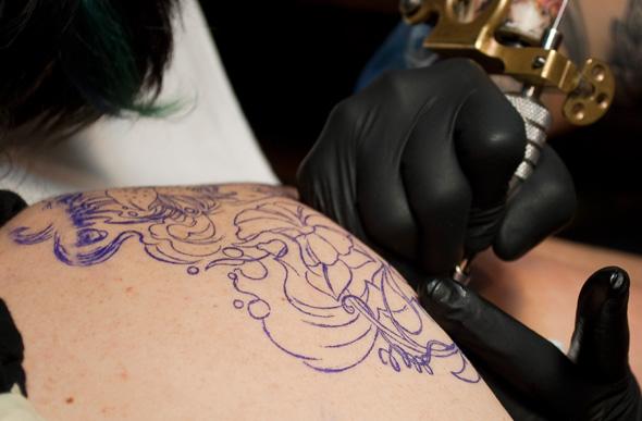 Guía De Tatuajes Refugio Antiaéreo